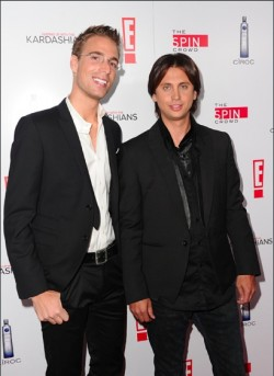 "E! Stars Jonathan Cheban and Simon Huck to launch reality TV themed restaurant called ""The Reality Cafe"""
