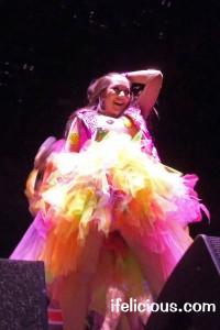Manika Allstate Arena Chicago tour 2012