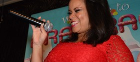 Idol's Kimberley Locke performs and judges Miss Roscoe's 2012 Drag Race finals (photos)
